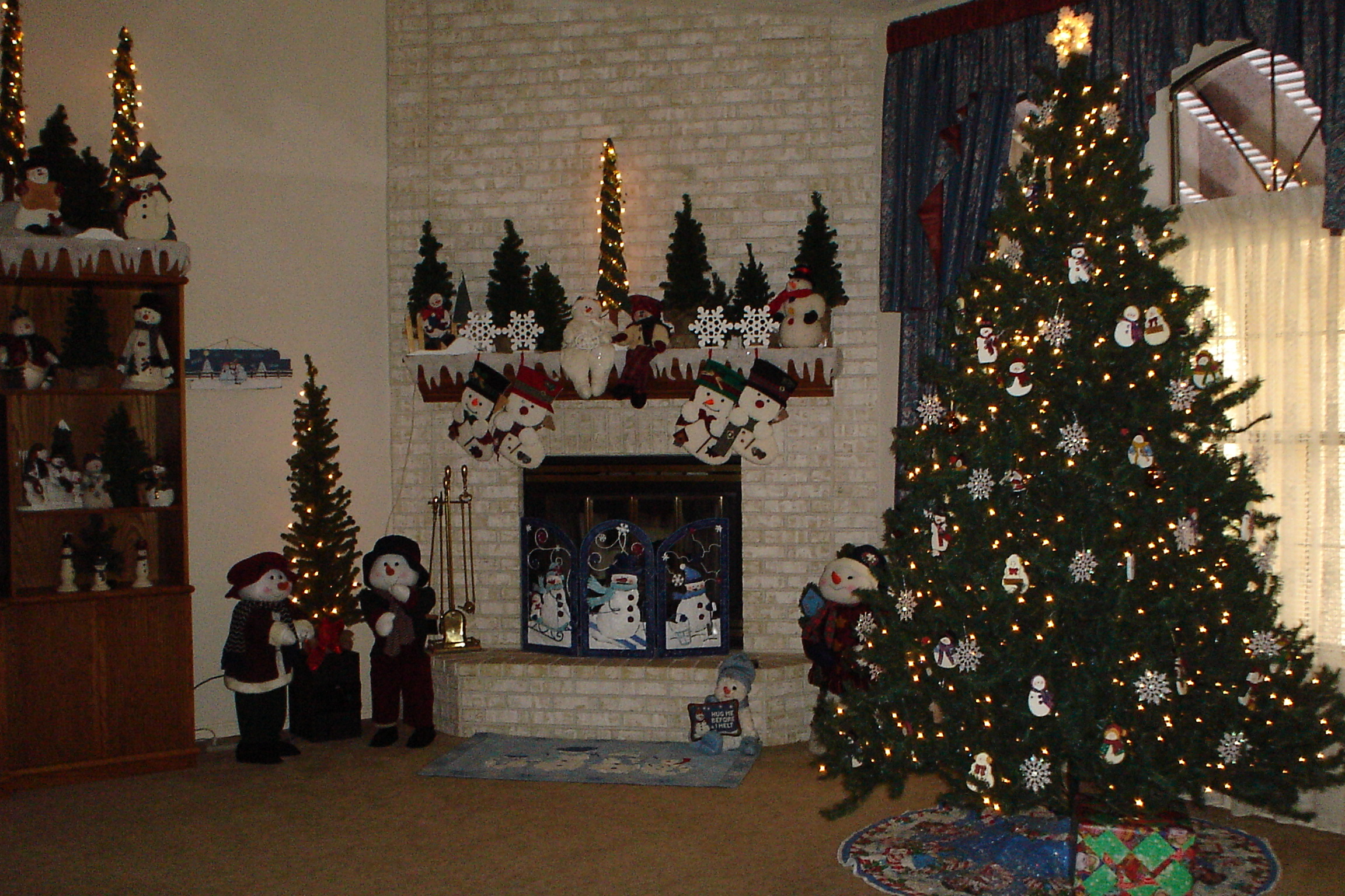 christmas-2006-decorating-005