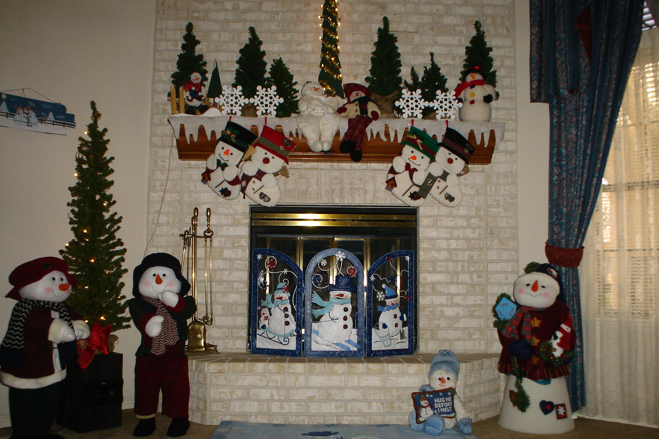 christmas-2006-decorating-009